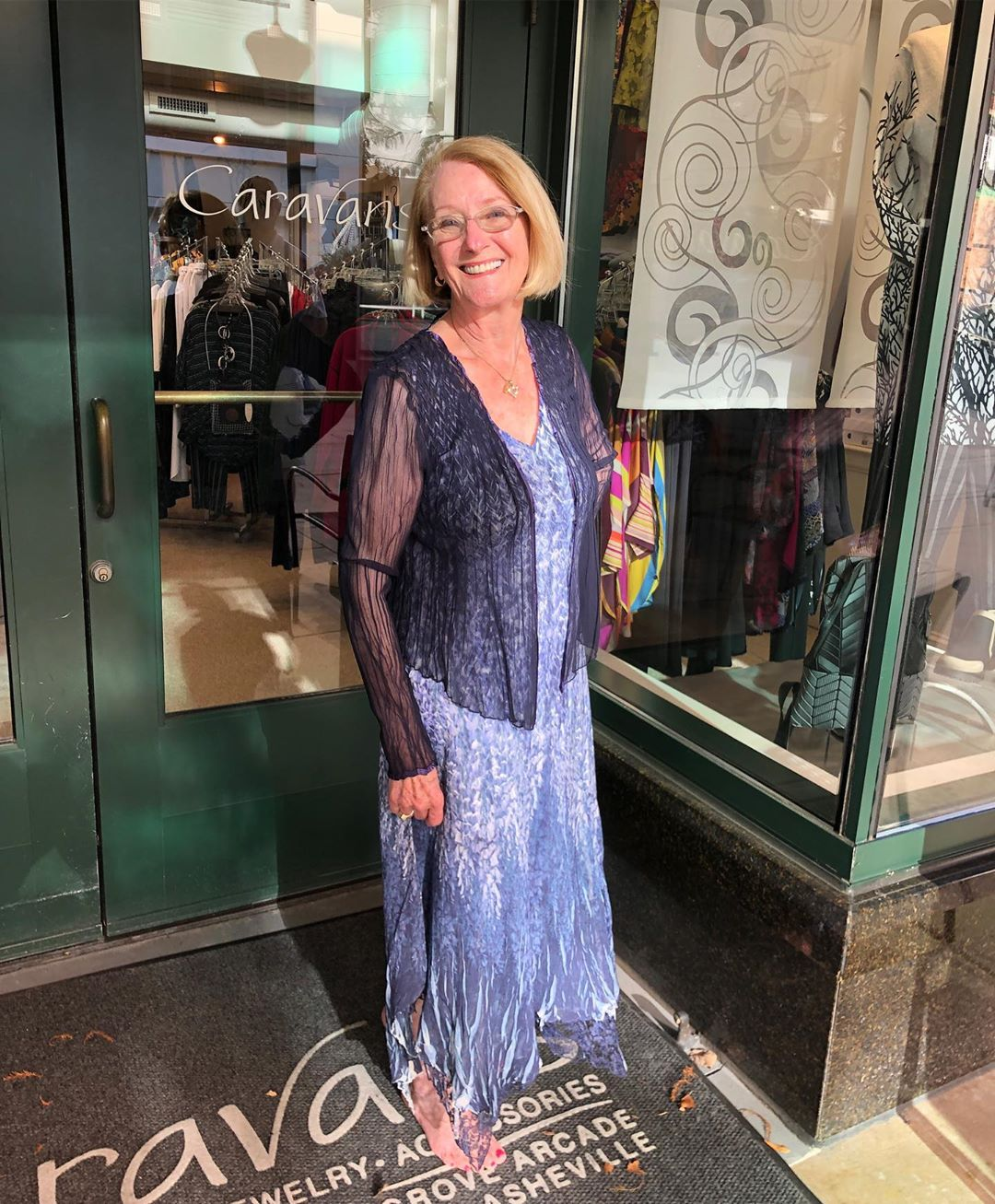 Mary is ready for the weekend wedding festivities in this fabulous ensemble from @komarovstyle She's here from Michigan for a family wedding and saw this in the window and had to have! She looks absolutely gorgeous @grovearcade @caravans_asheville