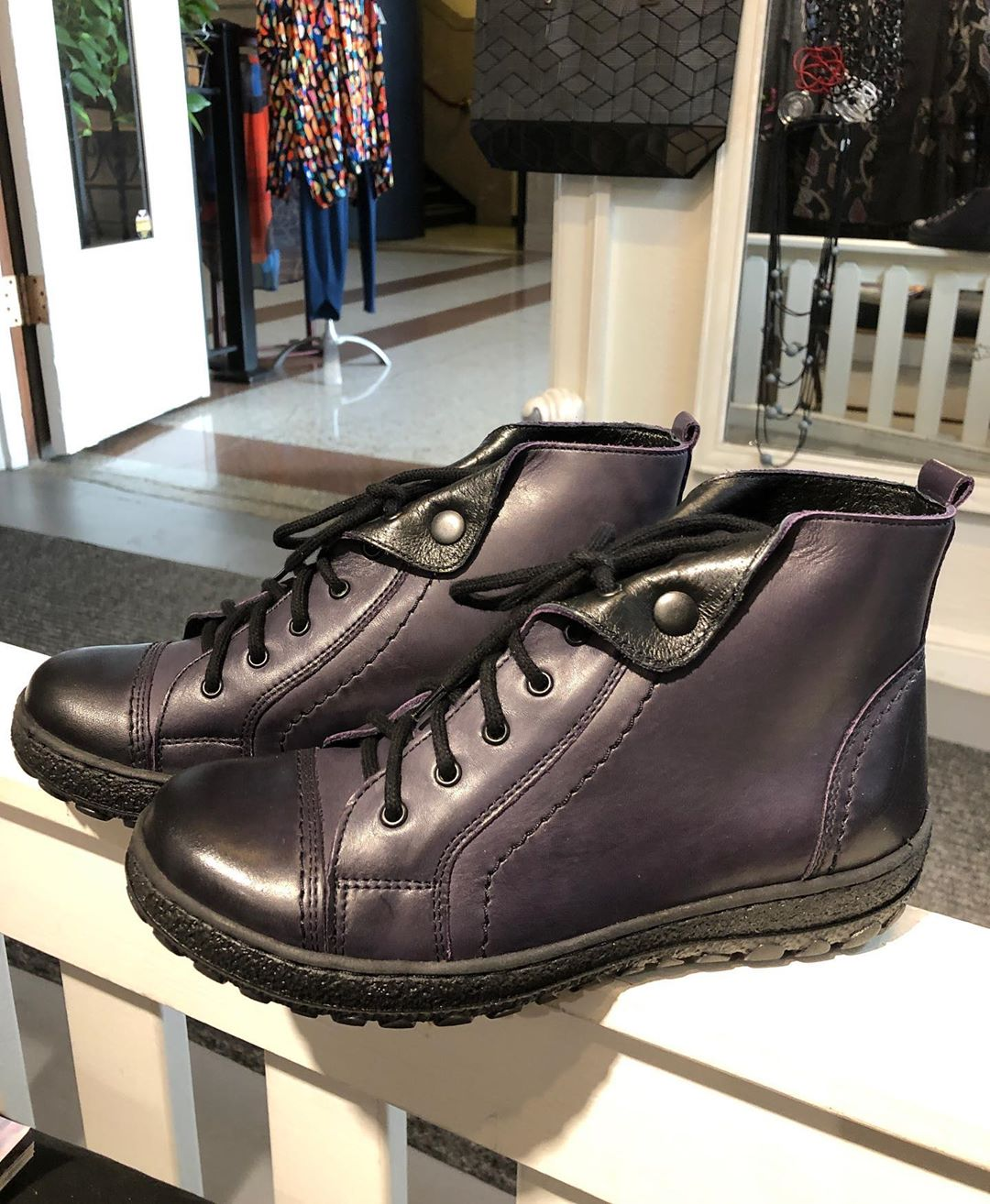 Ever dreamed of owning purple boots? We have so we  bought some @grovearcade @caravans_asheville